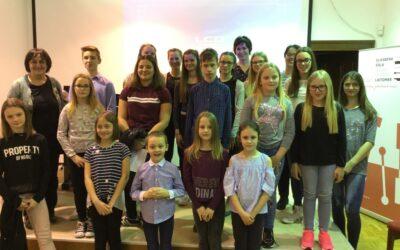 Tematski koncert učencev klavirskega oddelka 'PLESI' Golarjeva domačija, 9. 4. 2019, ob 18. uri