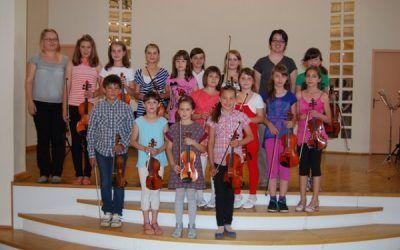 Nastop violinistov